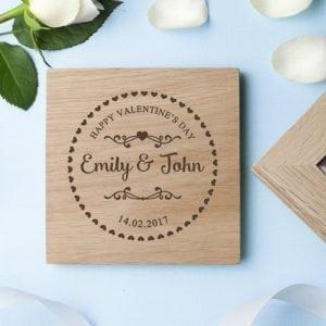 Engraved Romantic Heart Frame Oak Photo Cube