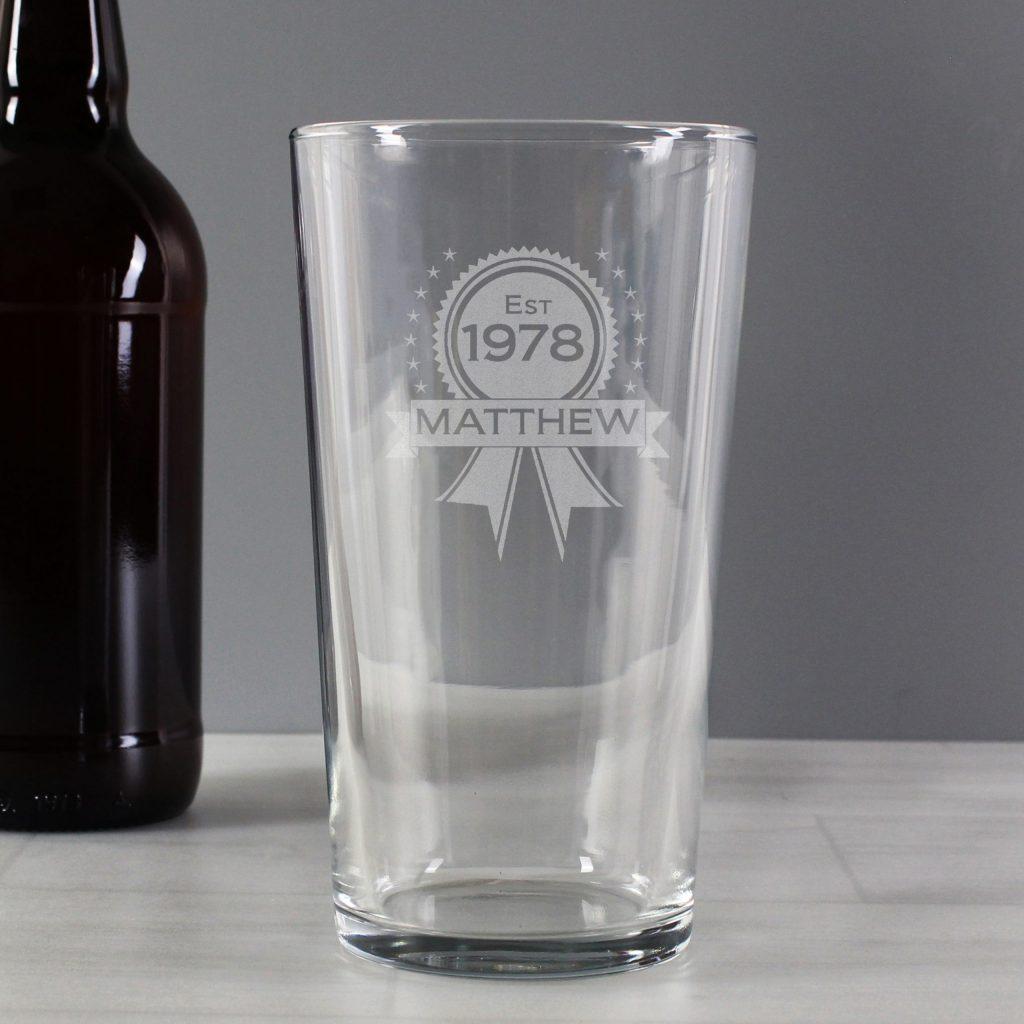 Established Rosette Pint Glass